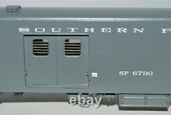 HO Brass Southern Pacific ACF 1962'Economy' Baggage Car #6790 Coach Yard #0955