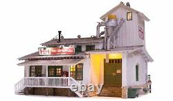Woodland Scenics BR5859, O Gauge, Built & Ready H&H Feed Mill with LED Lighting